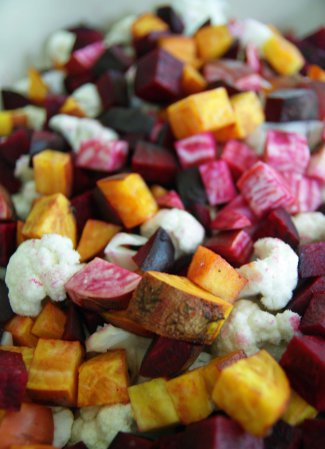 balsamic roasted beets and cauliflower 1 - lifefromthegroundup.us